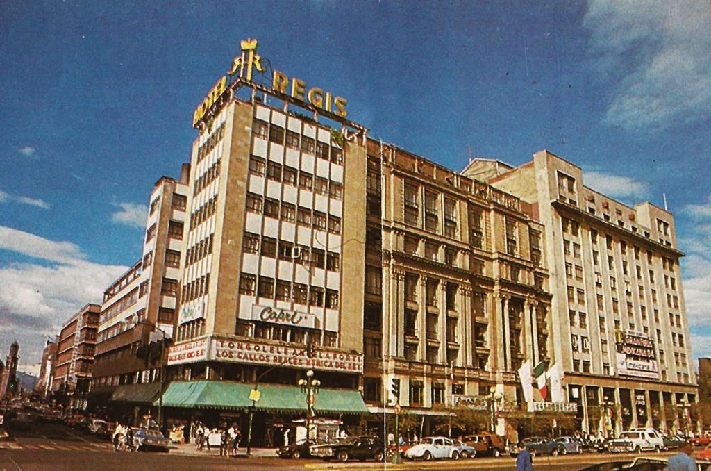 50604124. México, D.F.- Referente del México posrevolucionario, de la vida social, política y hasta diplomática del país, el Hotel Regis, construido en 1914 sobre la avenida Juárez, en el Centro Histórico, quedó destruido en los sismos de 1985 y su historia ha sido recuperada en un libro. NOTIMEX/FOTO/ESPECIAL/COR/ACE